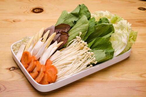 知らないと損!鍋に入れるときの野菜の切り⽅