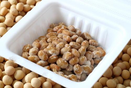 納豆 白い つぶつぶ シャリシャリ