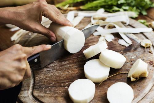 知らないと損する!料理の技「隠し包丁」食材別の方法   食・料理 ...