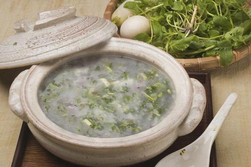 種類 七草粥 七草粥の材料とは?七草粥を食べる意味や基本的な作り方|子育て情報メディア「KIDSNA(キズナ)」