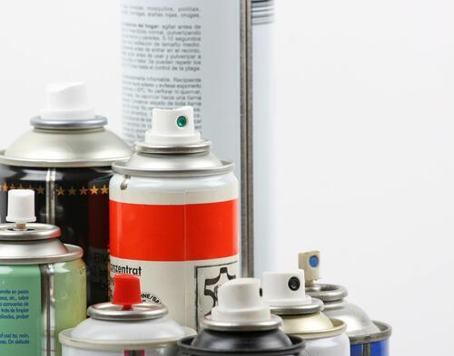 いる 残っ 捨て 方 が スプレー 缶 て 中身 意外と簡単!実録、中身入りスプレー缶(塗料)の捨て方