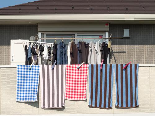 黄砂のときは洗濯物を部屋干ししたほうがいい?理由と対策を解説 ...