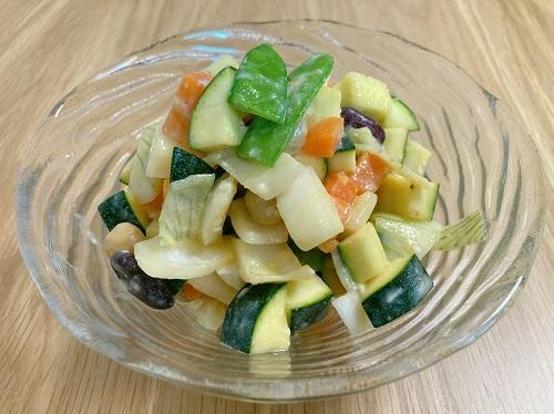 「コロコロ野菜サラダ」