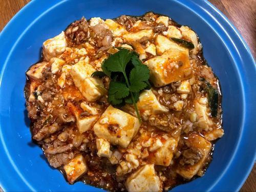 「自家製ラー油の豚コマ麻婆豆腐」
