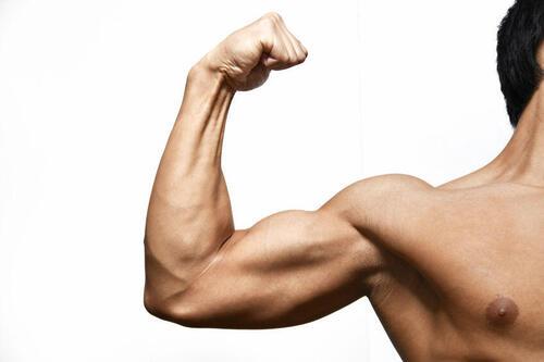 筋肉 腕 の 腕が痛い原因と治し方7選!筋肉痛だけが痛みの原因ではない