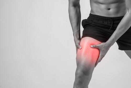 マッサージ 筋肉 痛