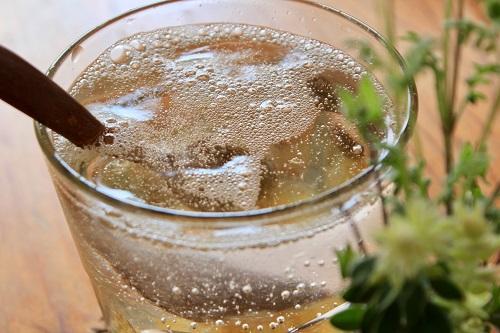 割合 割り 梅酒 ソーダ 梅酒のおいしい飲み方3選!ストレート・ロック?ソーダ割?お湯割り?